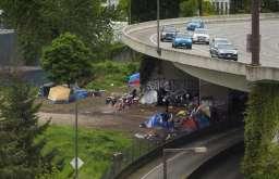 homeless2_highway-1020x658